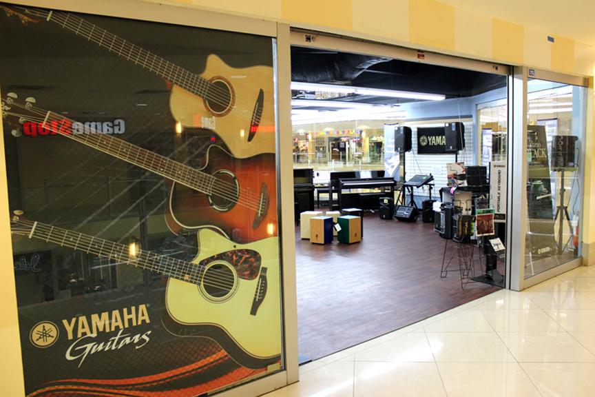 YAMAHA-SF2 - Agana Shopping Center